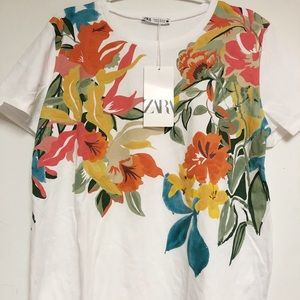 🌸New with tag 🌸Zara printed t-shirt
